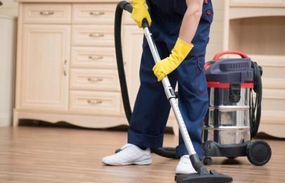 无锡保洁公司是如何清洗牛皮地毯的呢?