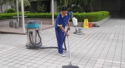 广场保洁案例-无锡焕然之新保洁服务有限公司